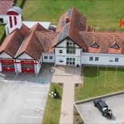 Gemeinde-und Feuerwehrhaus von oben!